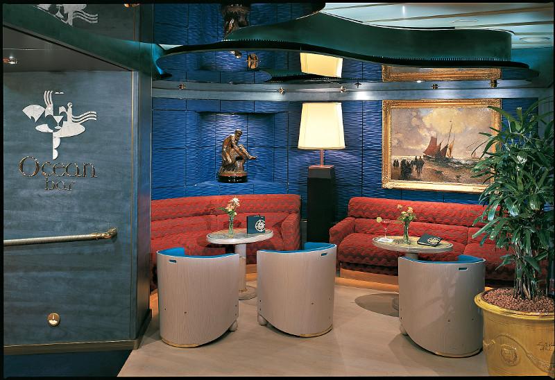 Holland America Line Signature Class Ocean Bar.jpg