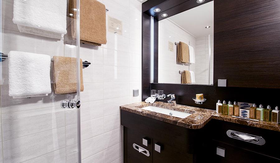 Avalon Waterways Avalon Expression Accommodation Deluxe Stateroom Bathroom 1.jpg