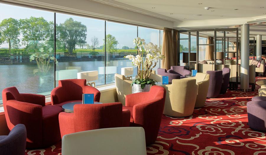 Avalon Waterways Avalon Expression Interior Panorama Lounge.jpg