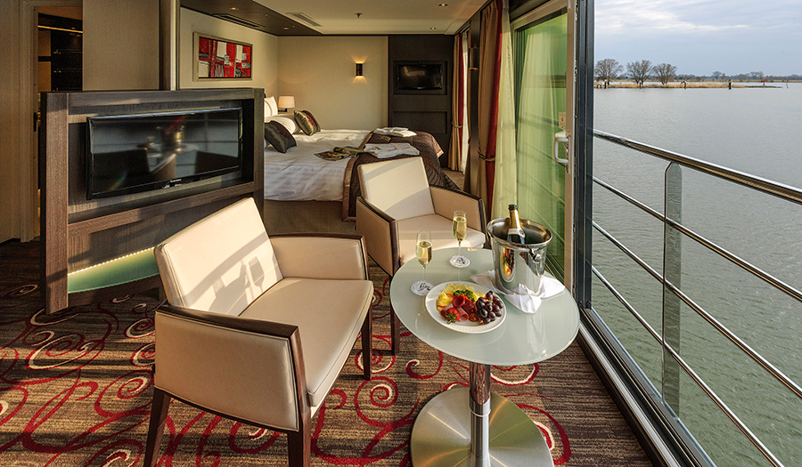 Avalon Waterways Avalon Artistry II Accommodation Royal Suite 1.jpg