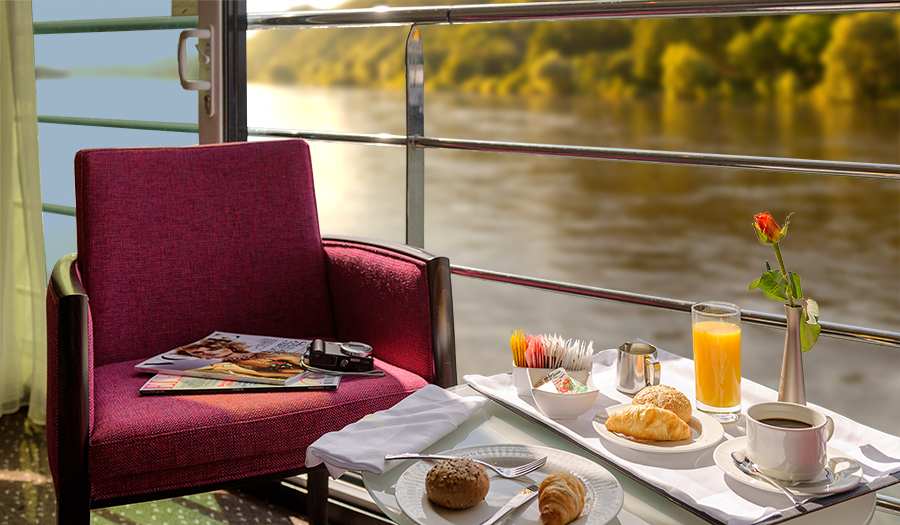 Avalon Waterways Avalon Artistry II Accommodation Panorama Suite Balcony.jpg