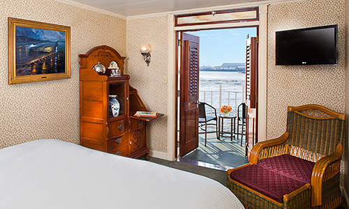 American Queen - American Queen - Accommodation - AA Superior - Photo.jpg