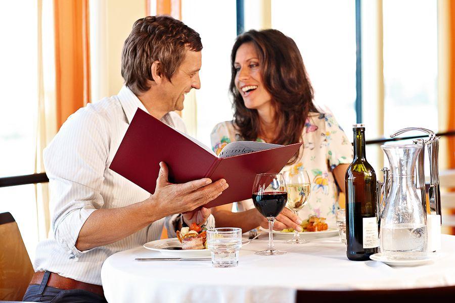 A-ROSA FLORA A-ROSA SILVA Interior Restaurant.jpg