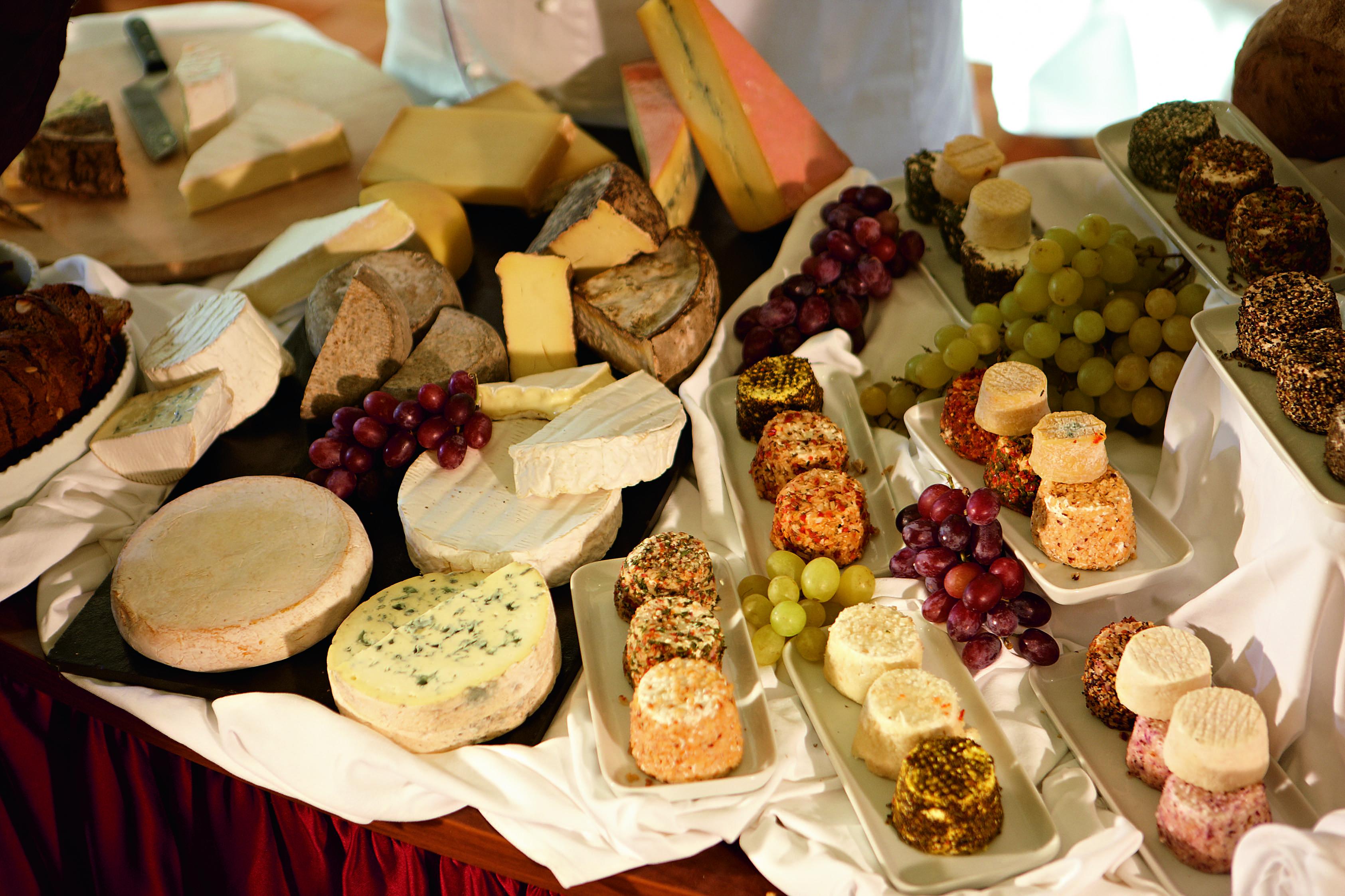 A-ROSA LUNA A-ROSA STELLA Interior Cheese Buffet.jpg