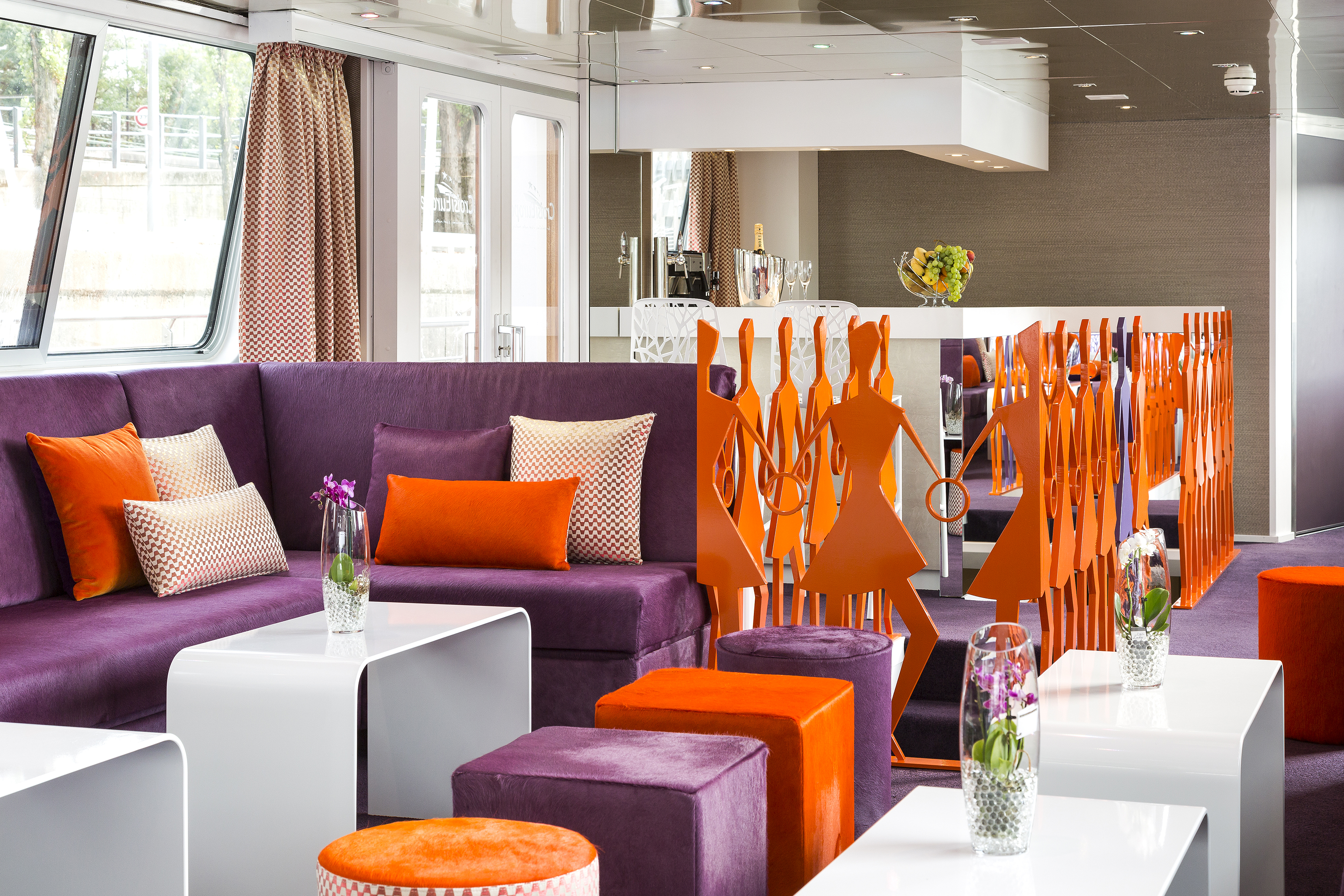 CroisiEurope MS Raymonde Interior Lounge Bar 4.jpg