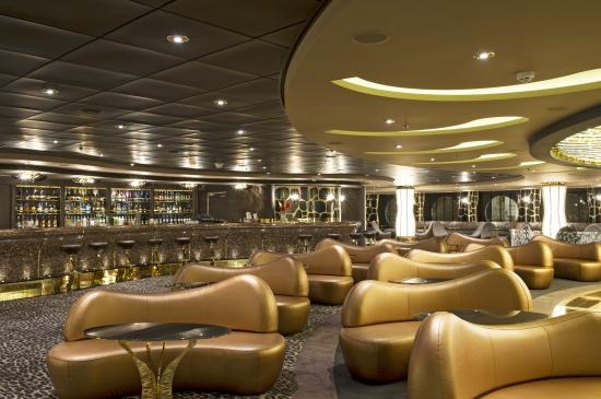 MSC Cruises Fantasia Class Preziosa Safar lounge.jpg