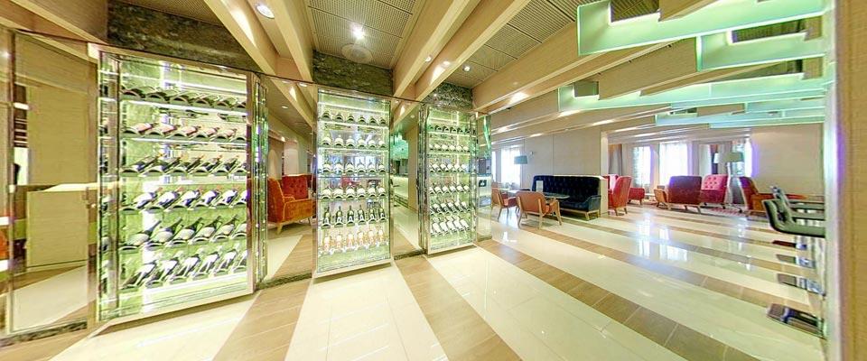 P&O Cruises Azura Interior The Glass House.jpg