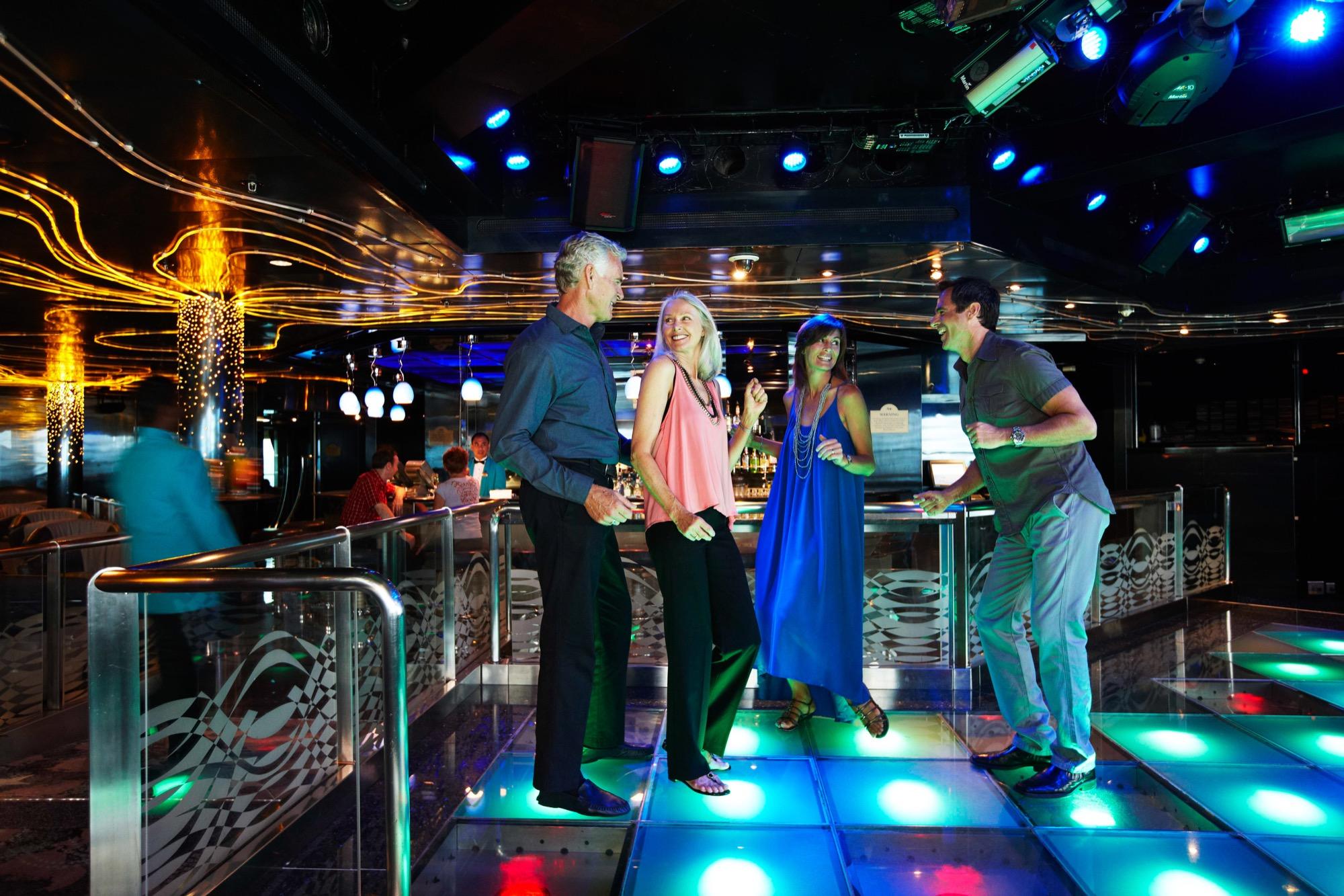 Princess Cruises Royal Class Interior club 6 2.jpg