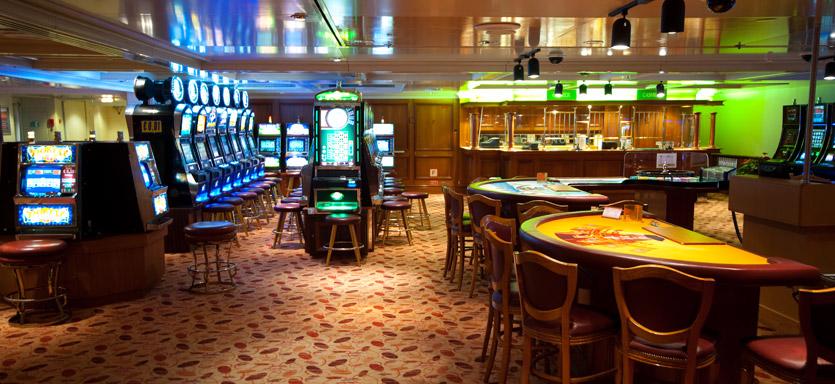 Pullmantur Horizon Interior Casino.jpg