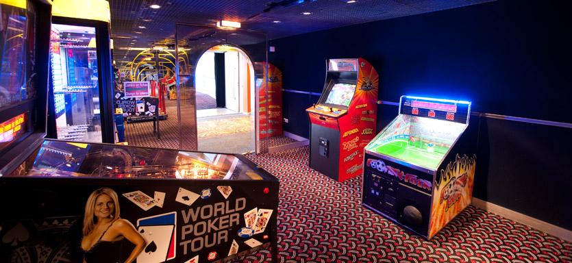Pullmantur Horizon Interior Video Games.jpg
