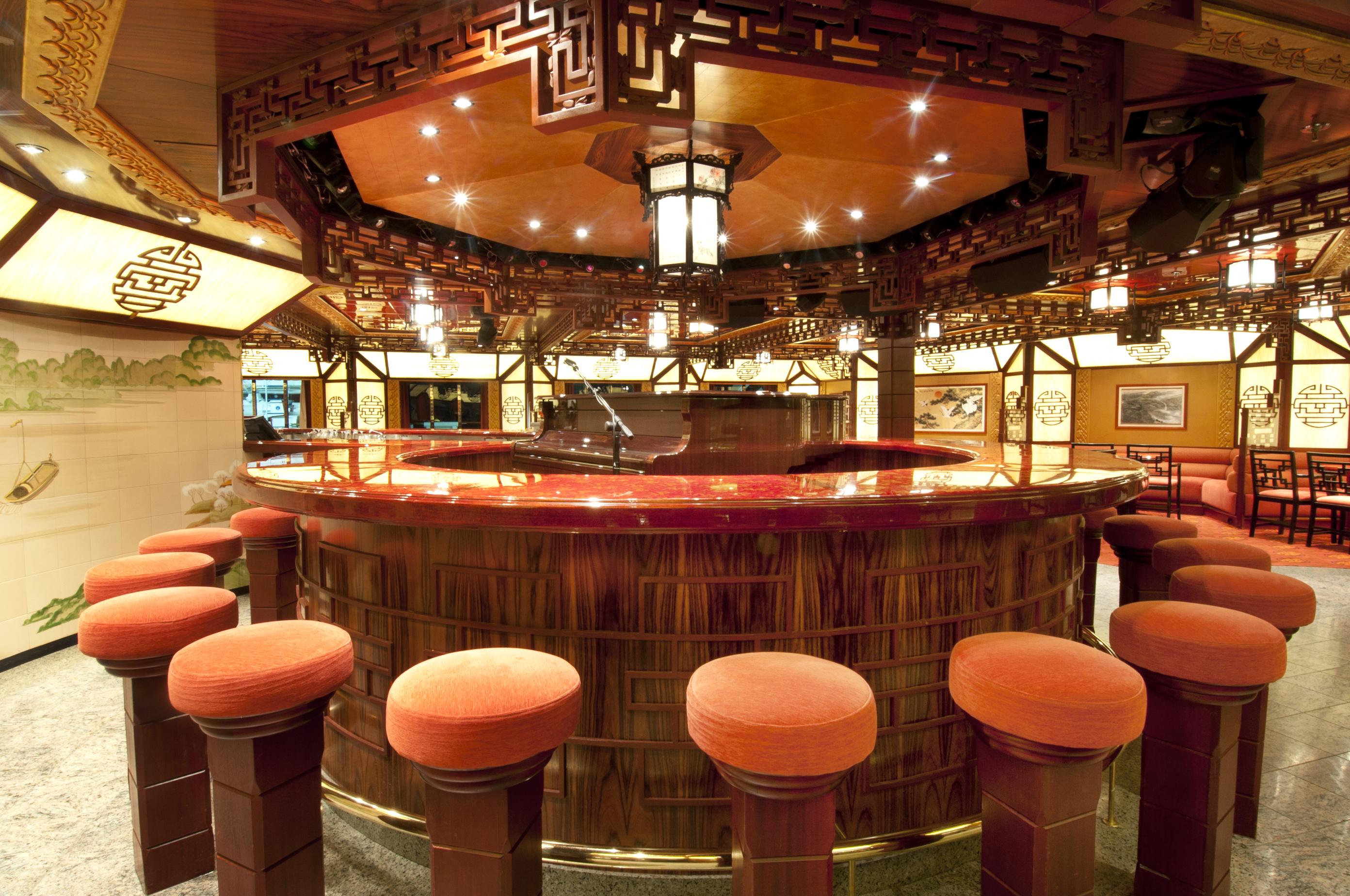 Carnival Spirit Shanghai Bar 2.jpg