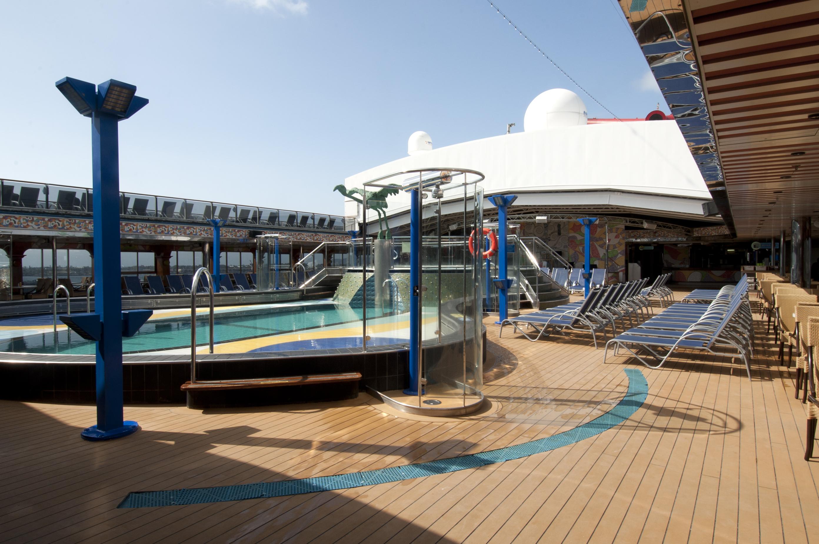 Carnival Spirit Dome Pool 2.jpg