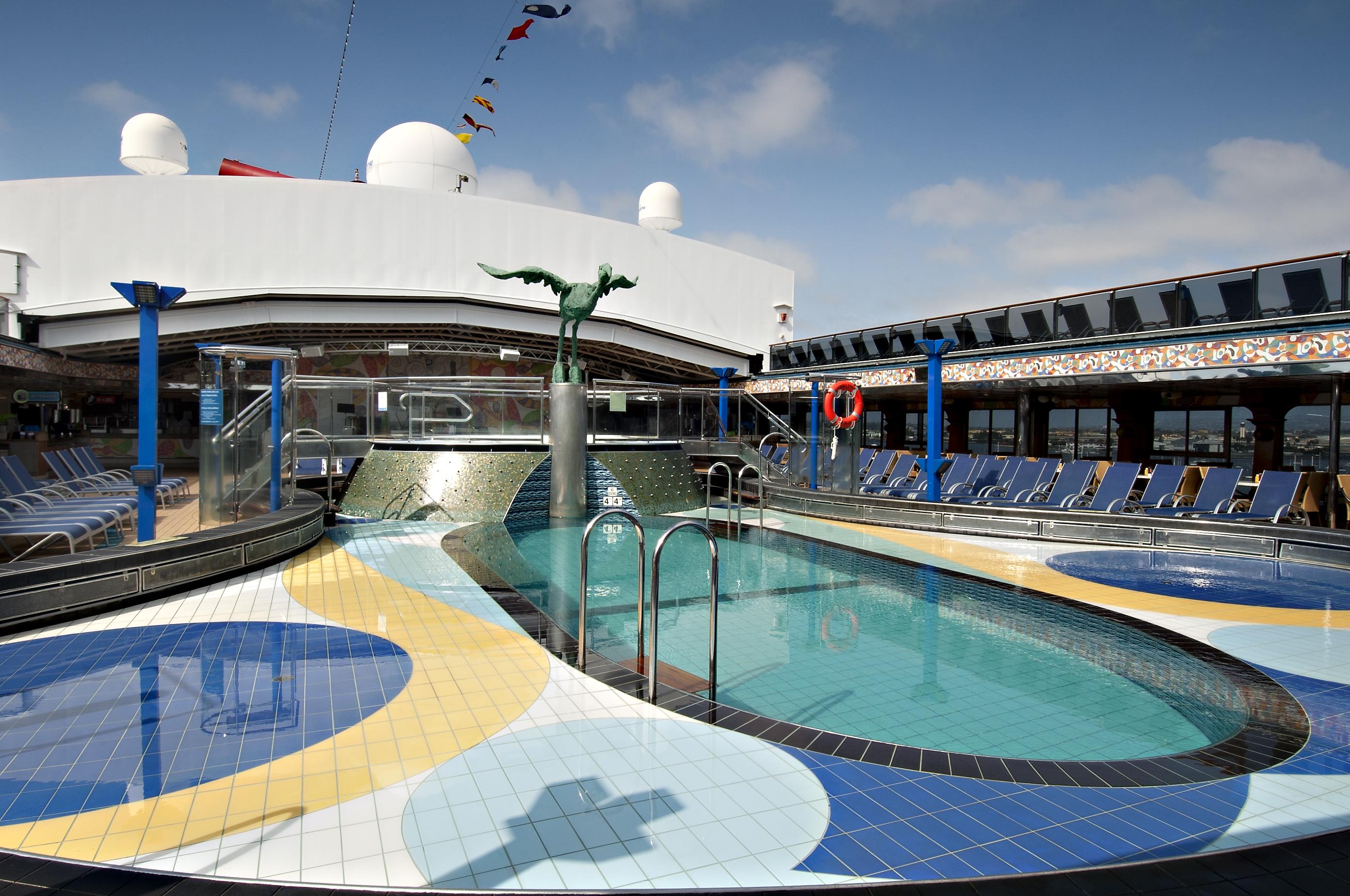 Carnival Spirit Dome Pool 3.jpg