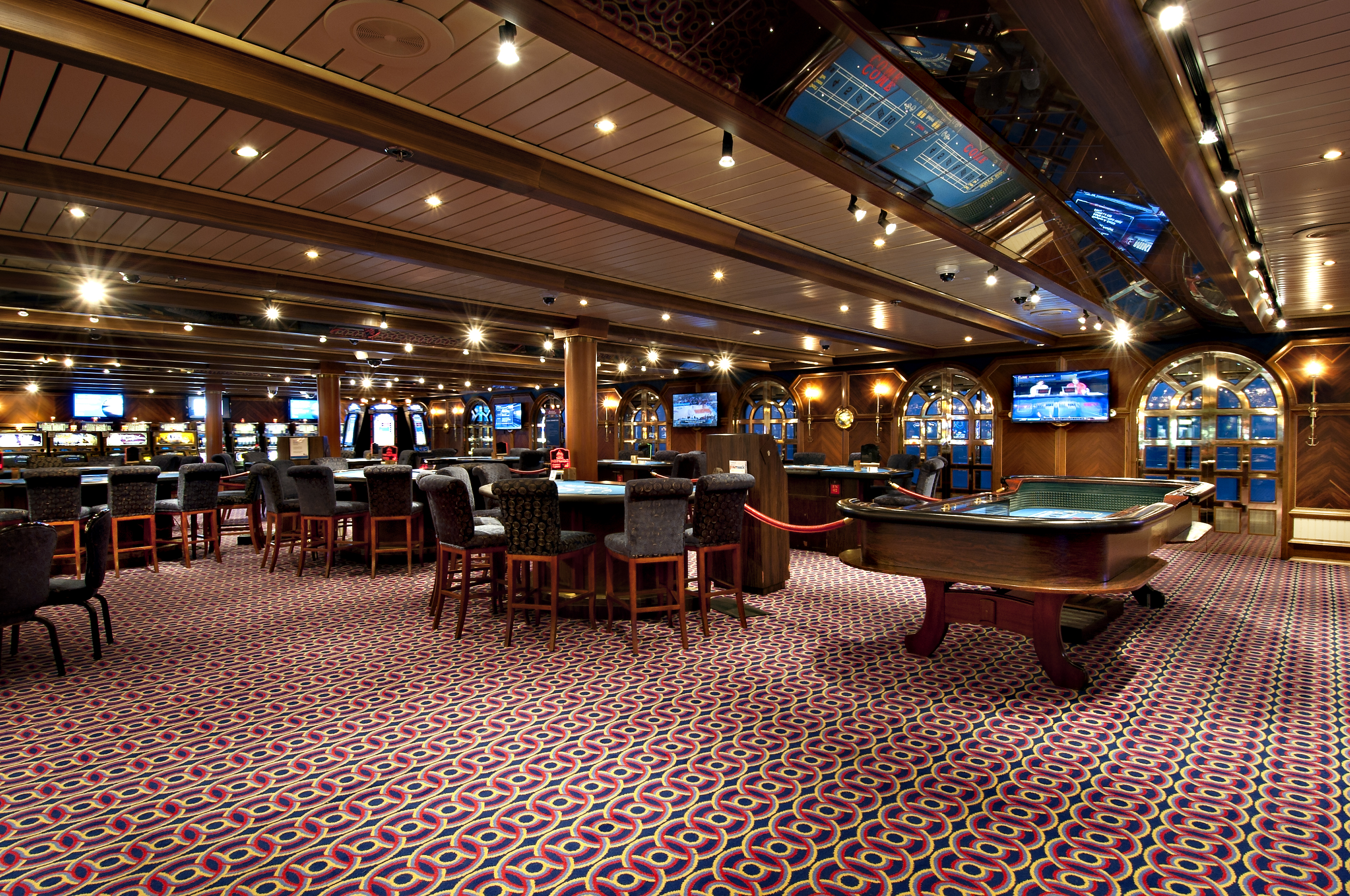 Carnival Miracle Mr Lucky's Casino 1.jpg