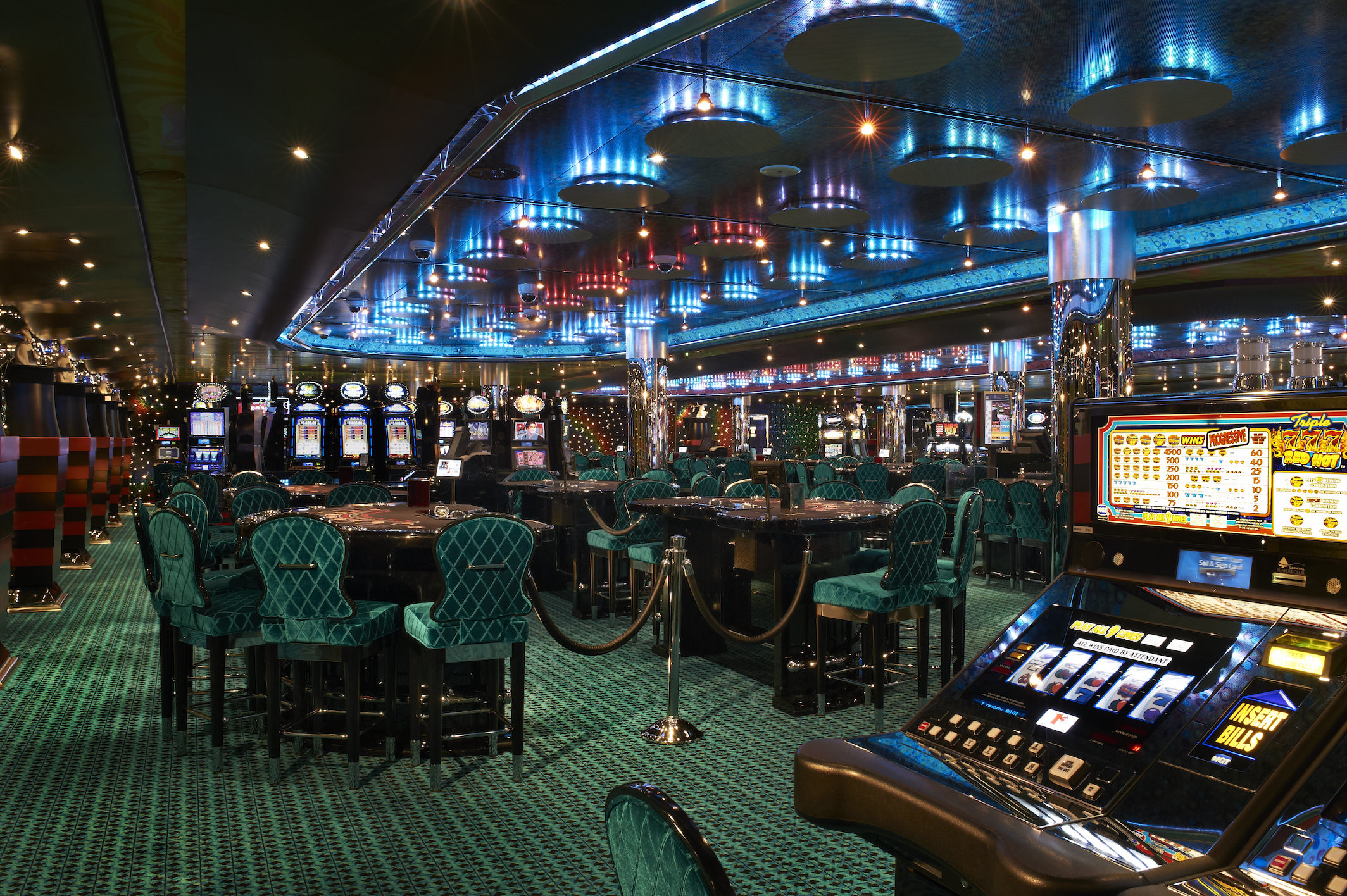 Carnival Magic Hat Trick Casino 4.jpg