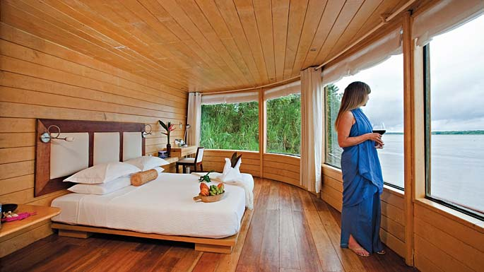 Lindblad National Geographic Delfin Accommodation Master Suite.jpg