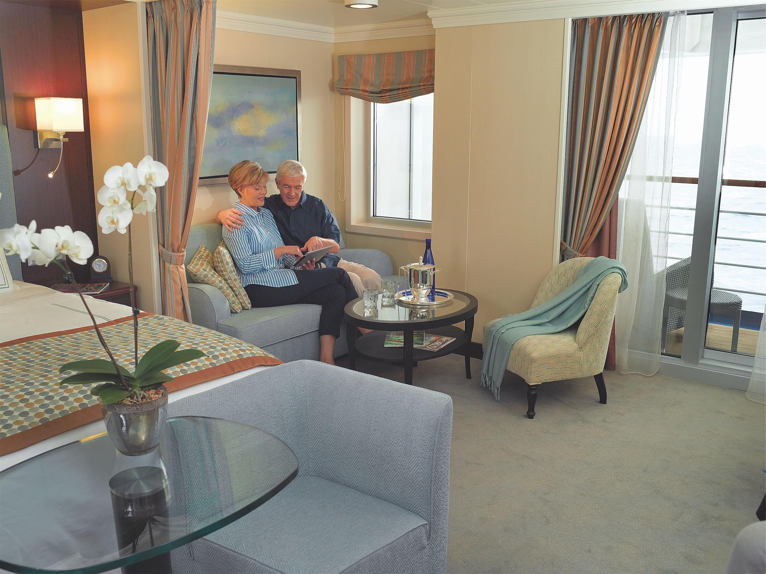 Oceania Cruises Marina Accommodation Penthouse 1.jpg