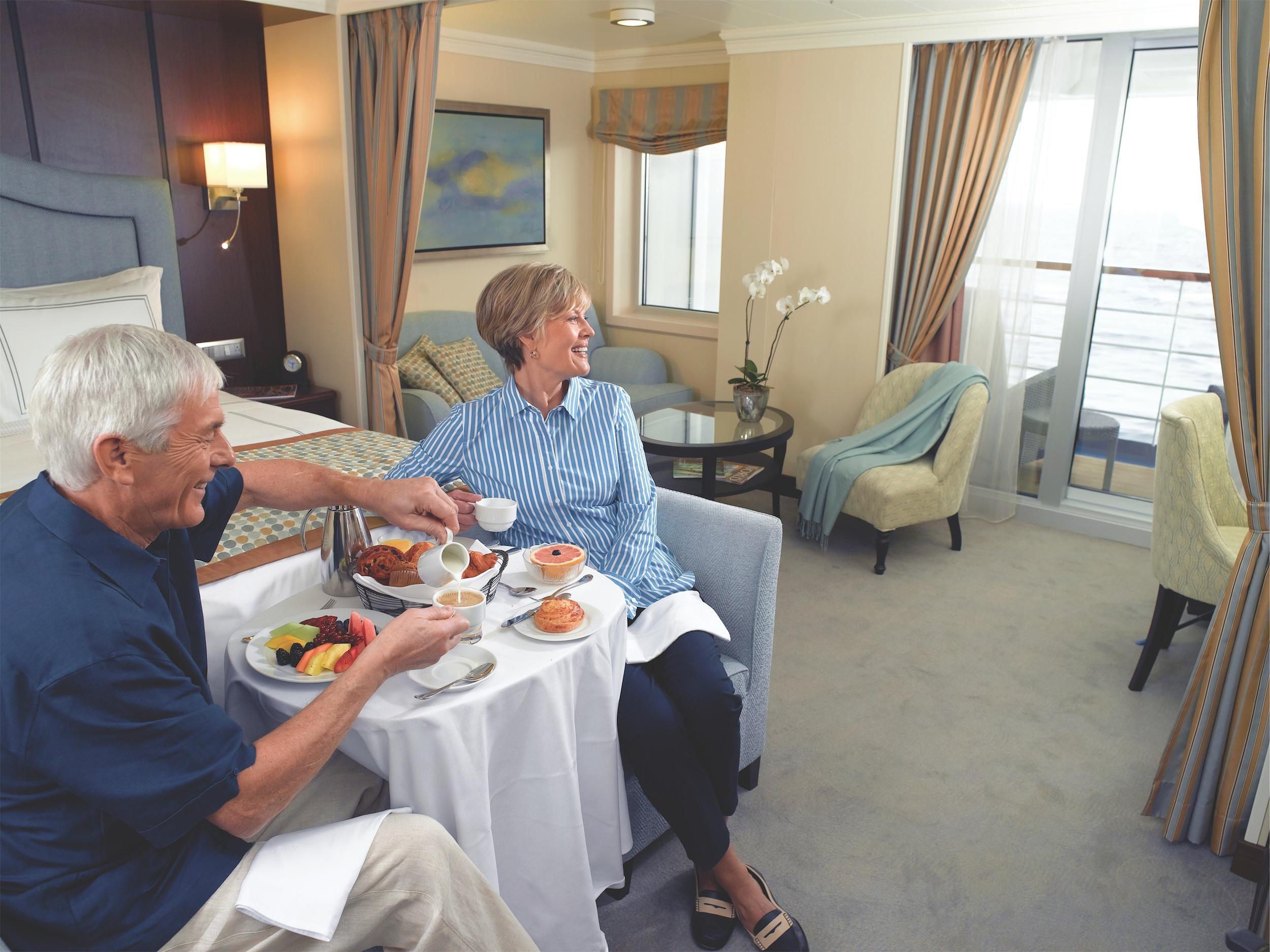 Oceania Cruises Marina Accommodation Penthouse 2.jpg