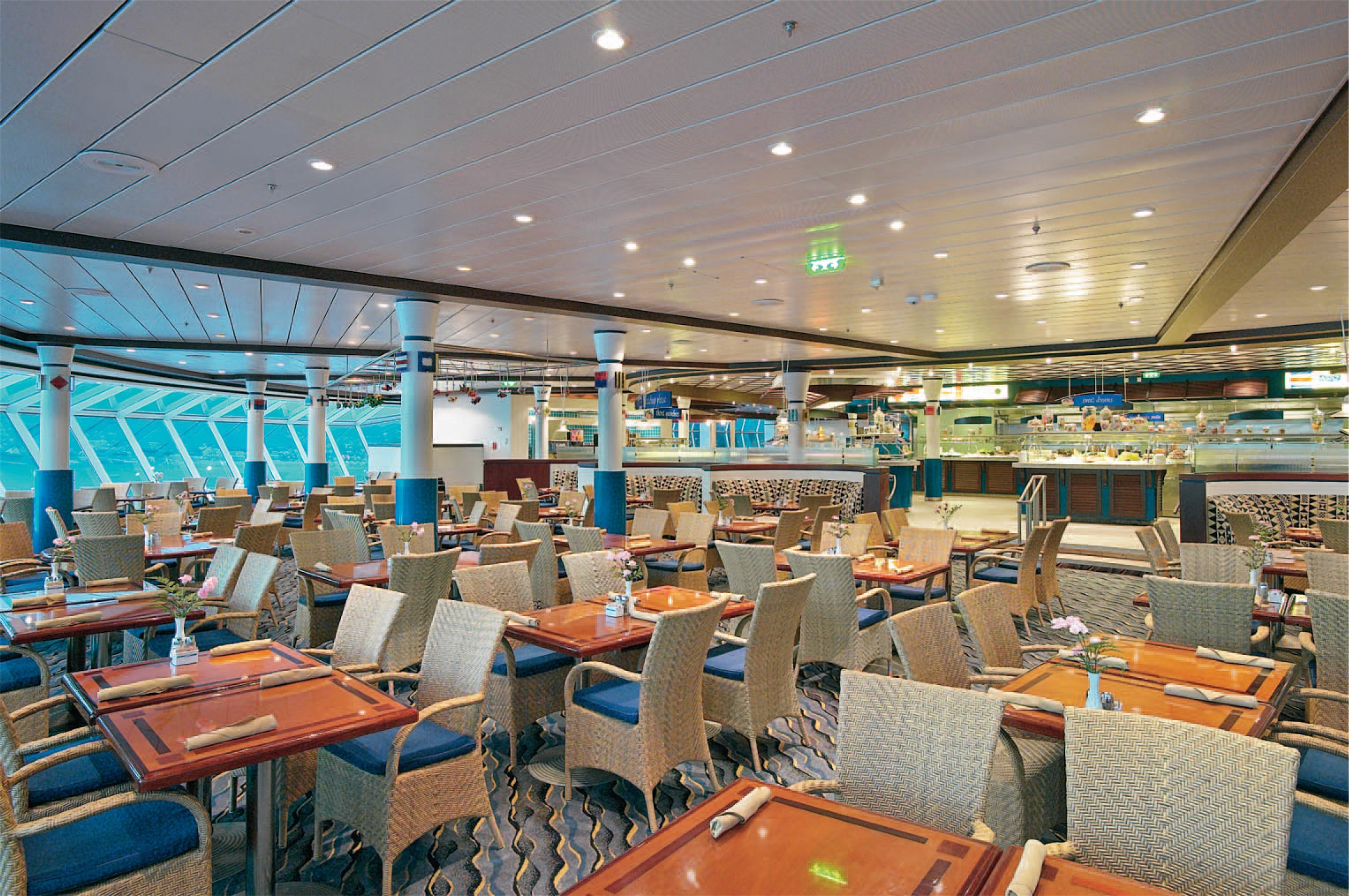 Royal Caribbean International Mariner of the Seas Interior Windjammer.jpg