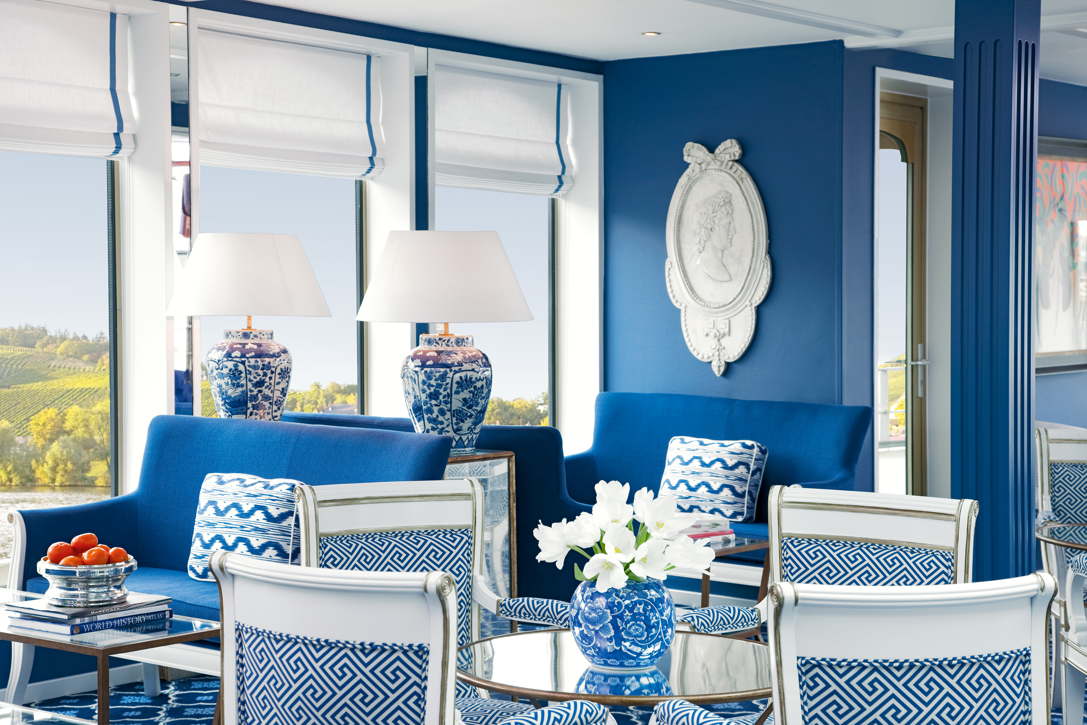 UNIWORLD Boutique River Cruises River Queen Interior Lounge 2.jpg