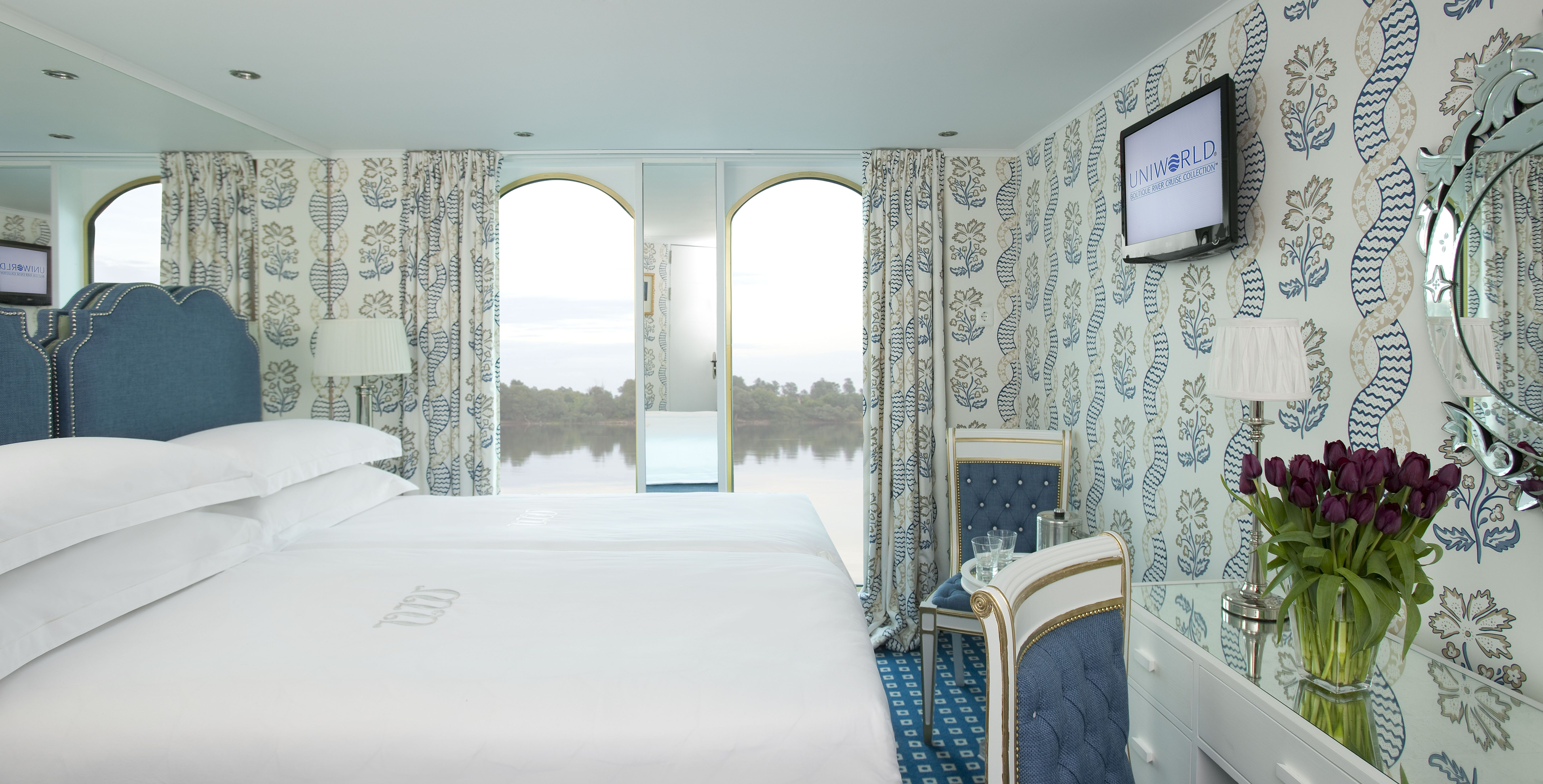 UNIWORLD Boutique River Cruises River Queen Accommodation Stateroom Category 1 2.jpg