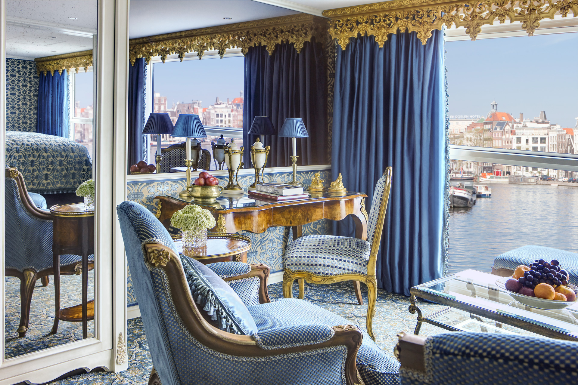 UNIWORLD Boutique River Cruises SS Maria Theresa Accommodation Royal Suite 1.jpg