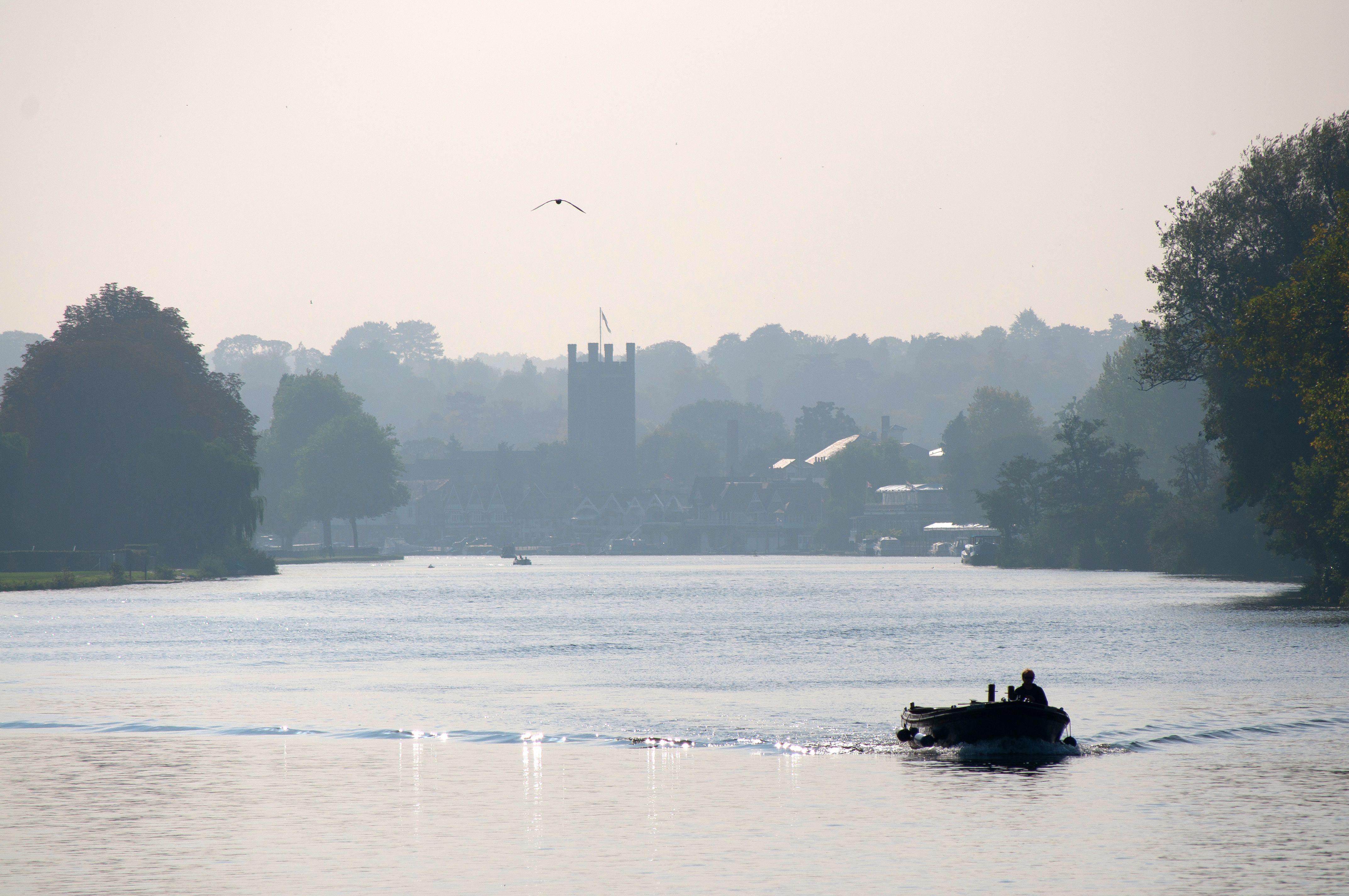 European Waterways Destinations England The Royal River Thames.jpg