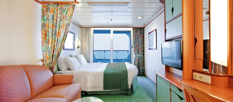 Explorer of the seas cruises royal caribbean for Balcony cabin cruise deals
