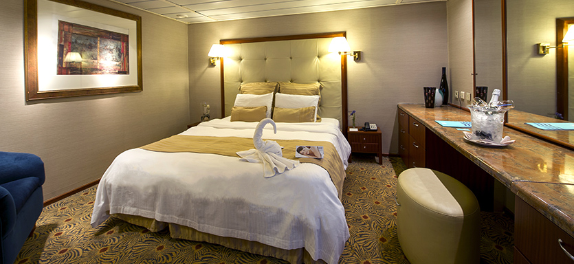 Pullmantur Sovereign Accommodation Royal Suite with Balcony.jpg