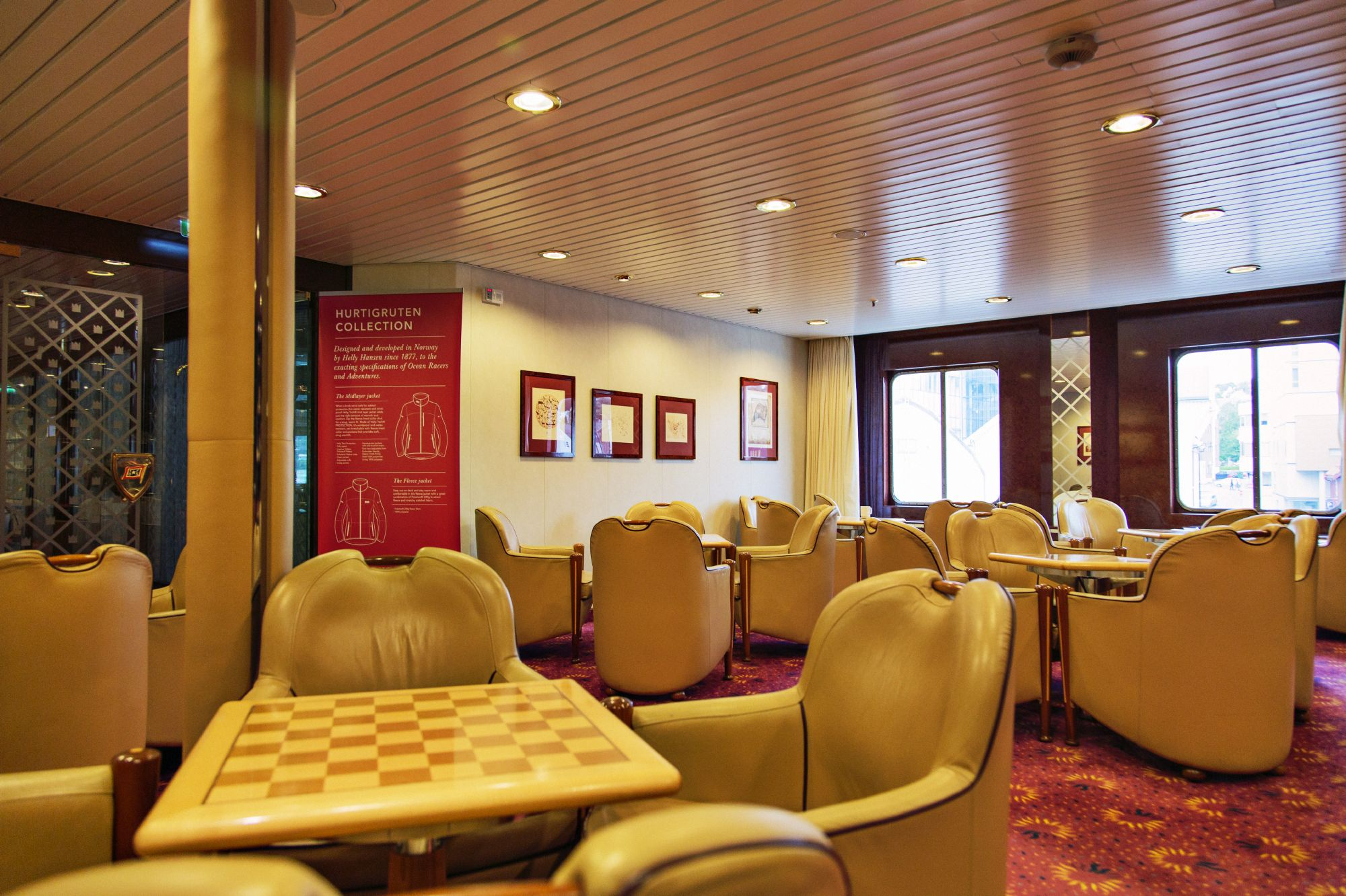 Hurtigruten Cruise Lines MS Kong Harald Interior Gaming Lounge.jpg