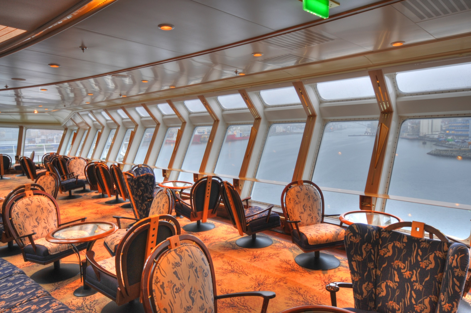 Hurtigruten Cruise Lines MS Finnmarken Interior Panorama Lounge 2.jpg