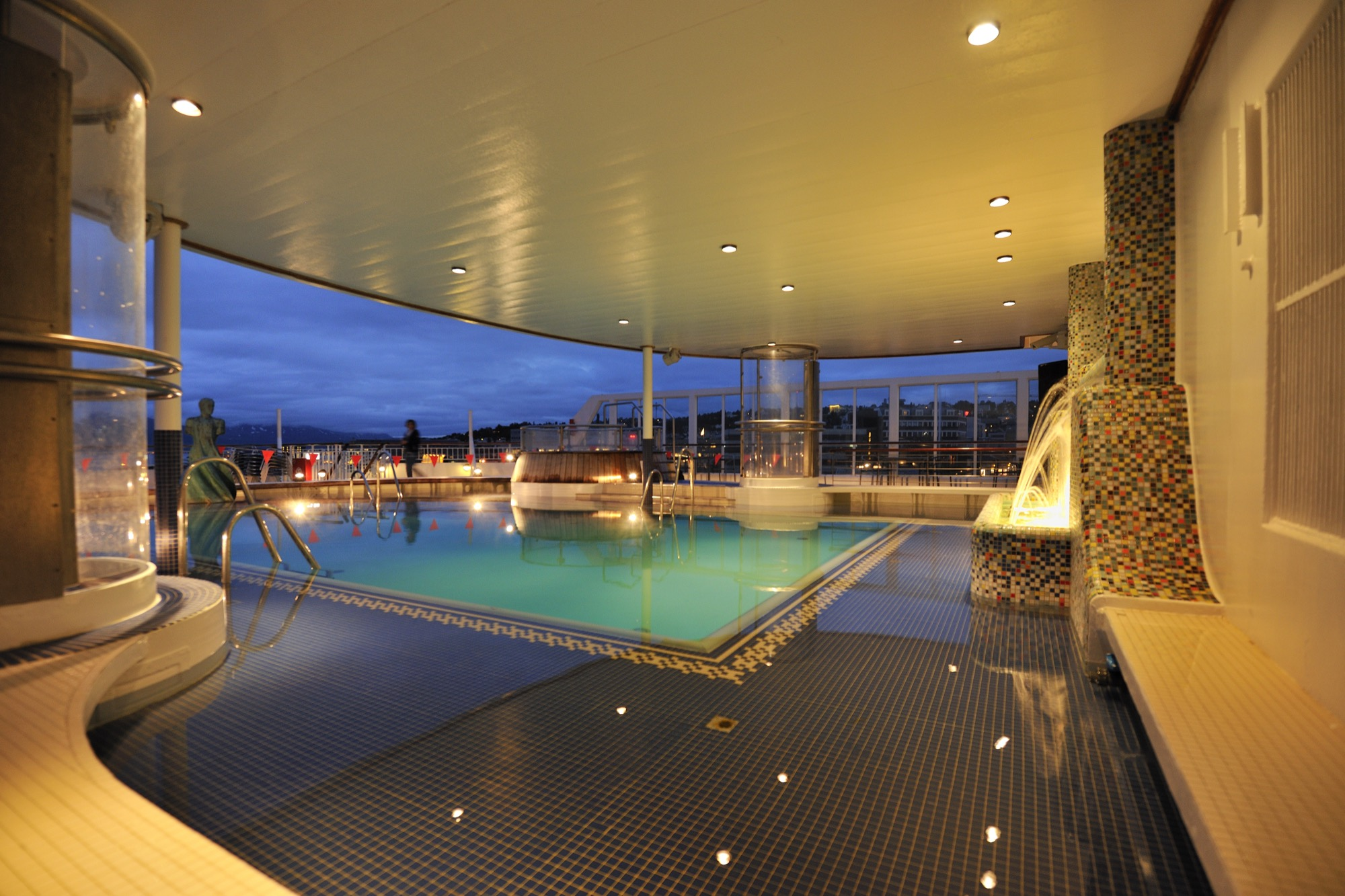 Hurtigruten Cruise Lines MS Finnmarken Exterior Swimming Pool 4.jpg