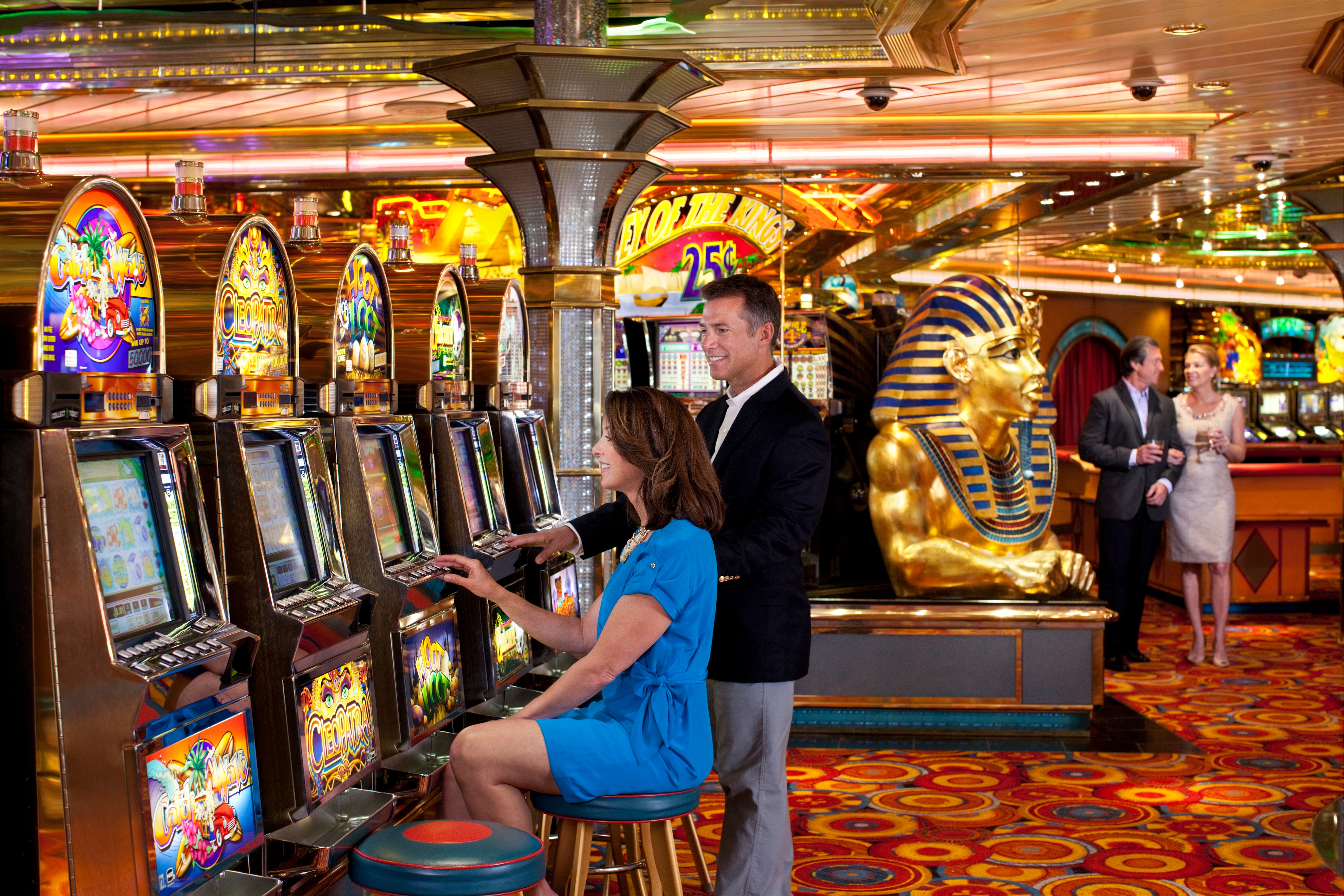 Royal Caribbean International Grandeur of the Seas Interior Casino 032F.jpg