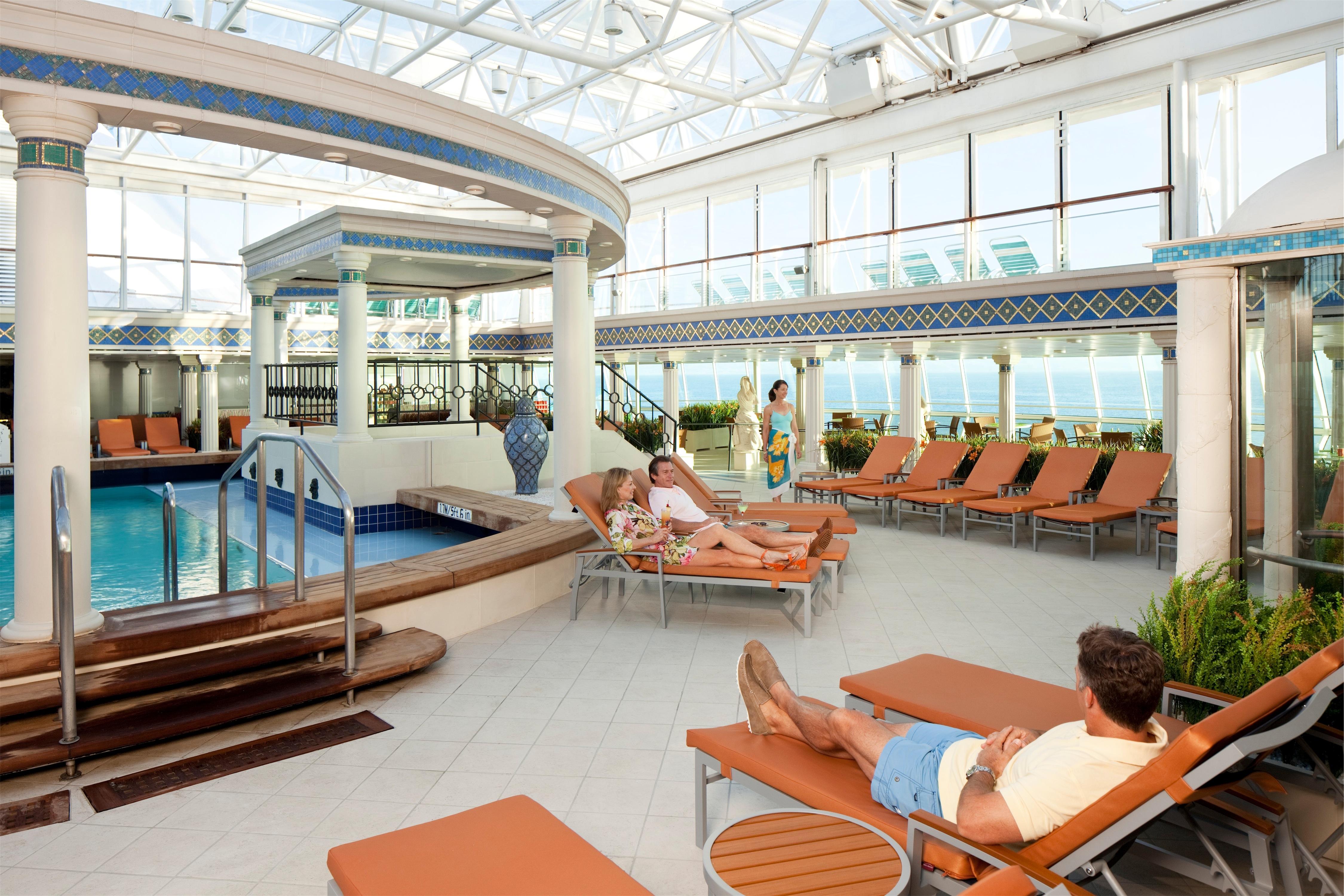 Royal Caribbean International Grandeur of the Seas Interior Solarium 060F.jpg