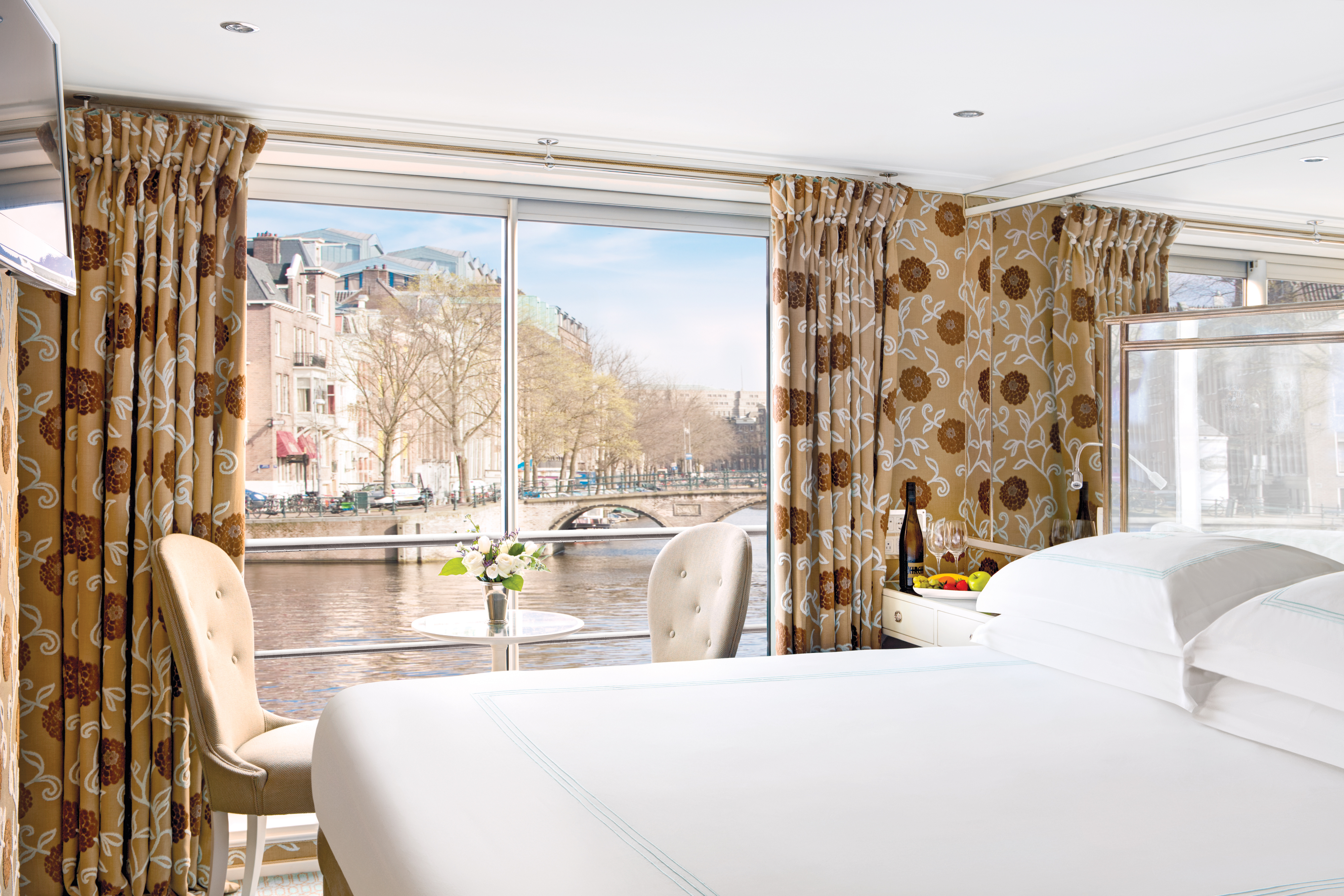 UNIWORLD Boutique River Cruises River Duchess Accommodation Stateroom Category 1.jpg