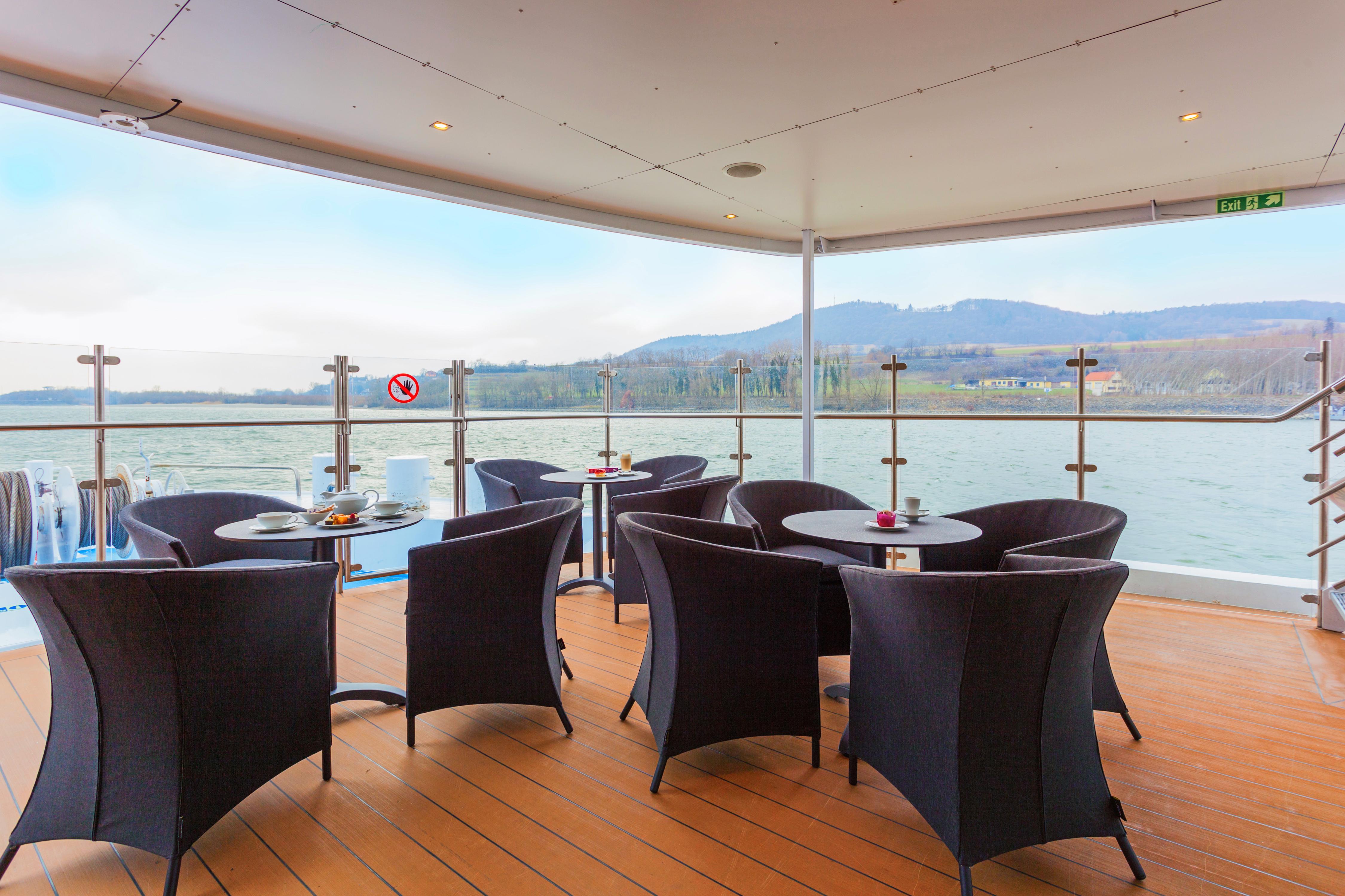 Scenic Sapphire Scenic Emerald Scenic Diamond Scenic Ruby Scenic Pearl Exterior Sun Deck.jpg