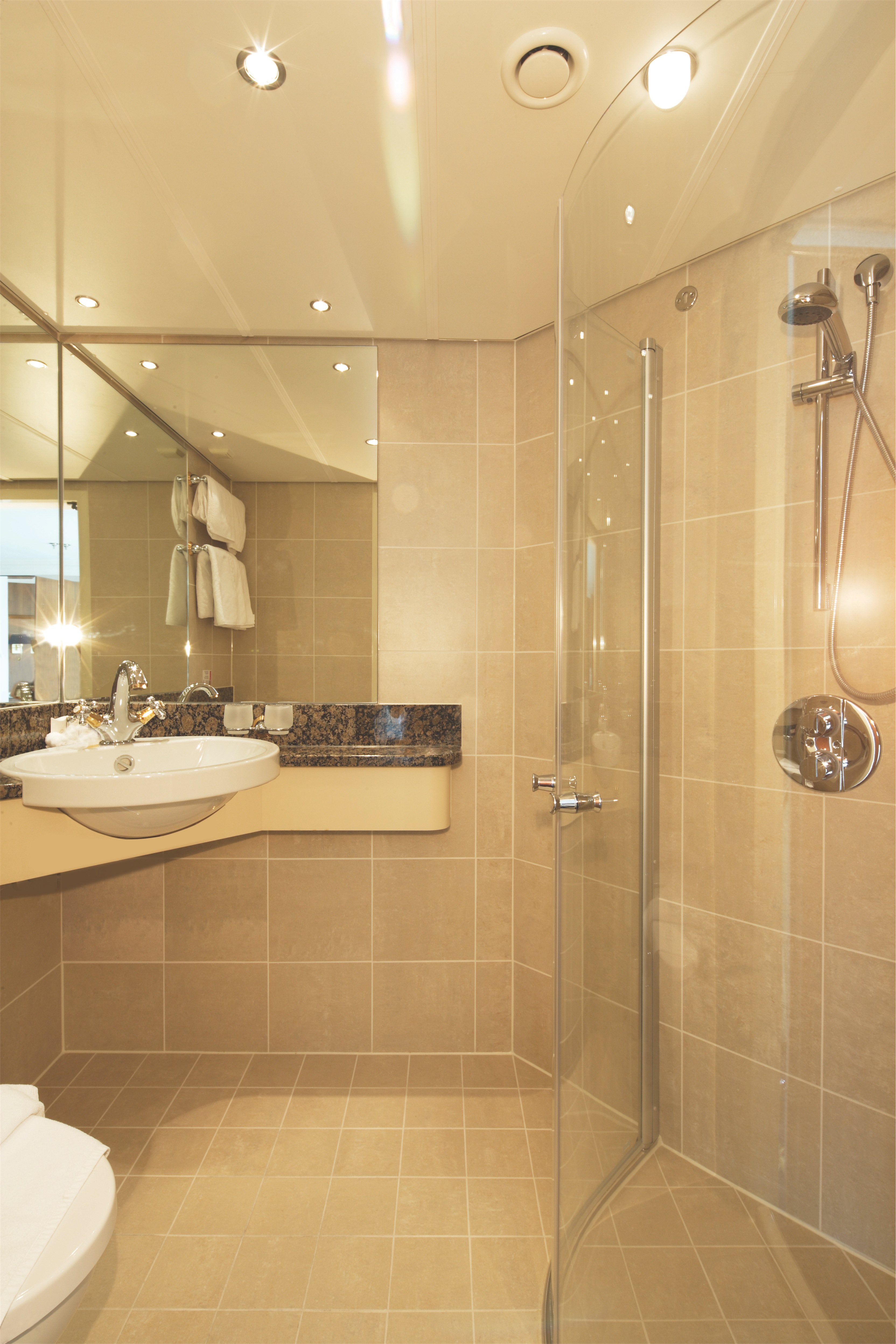 Riviera Travel MS Jane Austen & MS Lord Byron Accommodation Bathroom.jpg