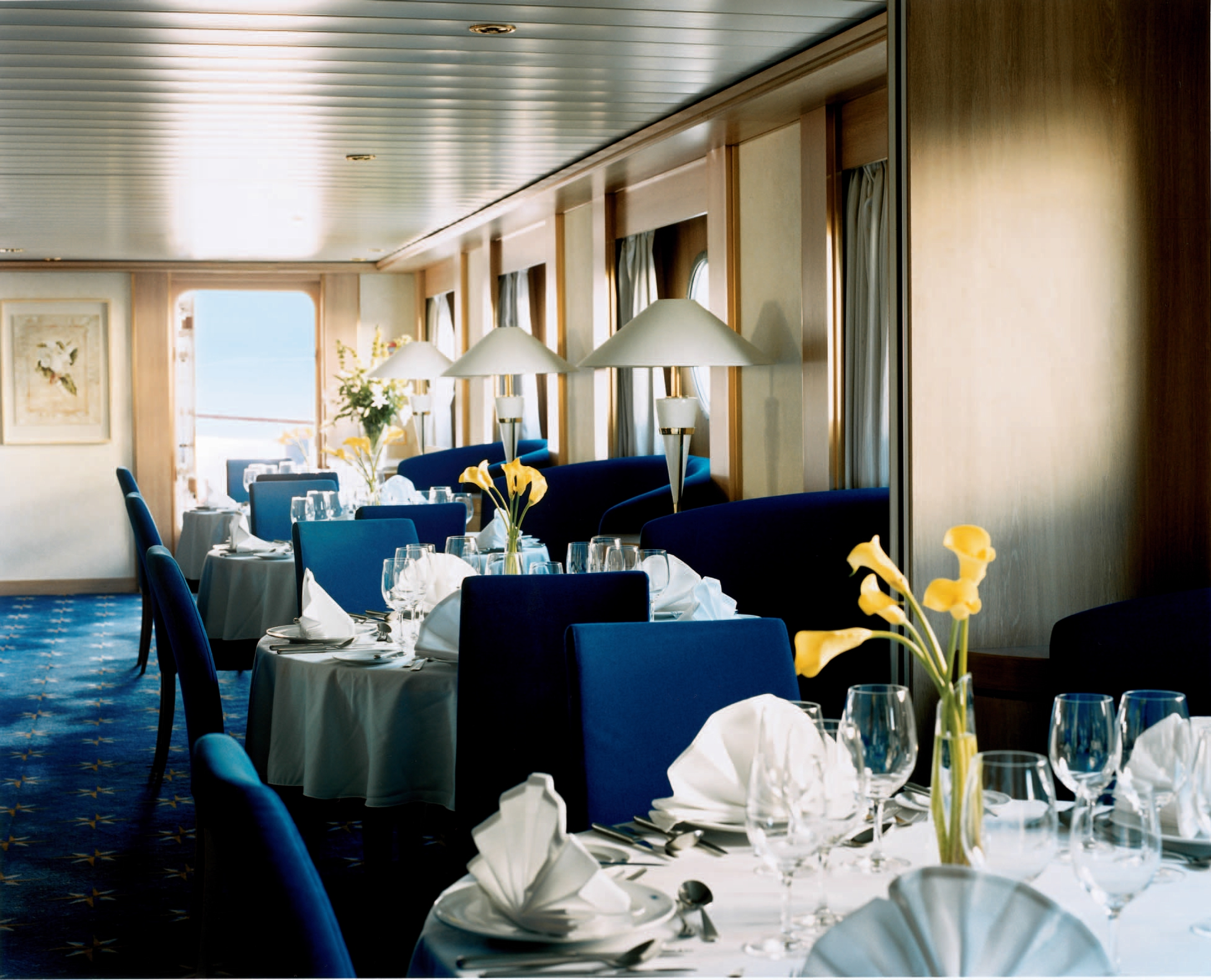 celebrity cruises celebrity xpedition dining 1.jpg