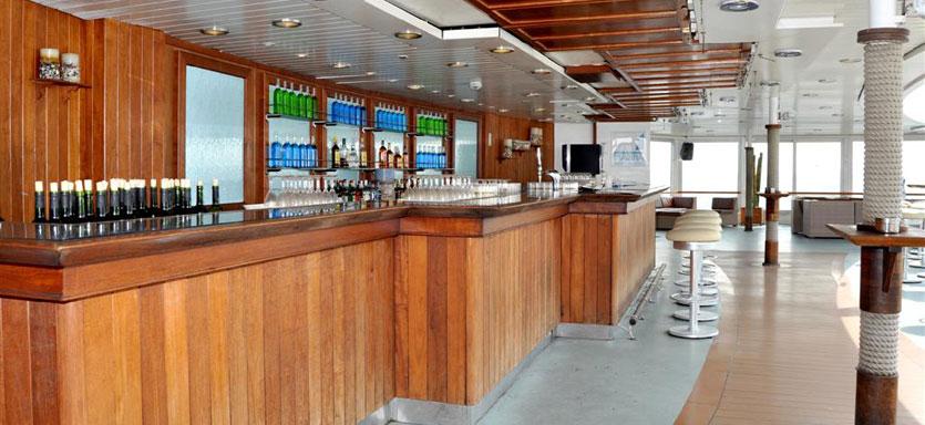 Pullmantur Monarch Exterior Marina Bar.jpg
