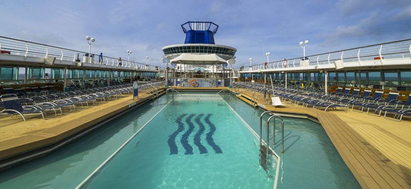 Pullmantur Monarch Exterior Swimming Pool.jpg