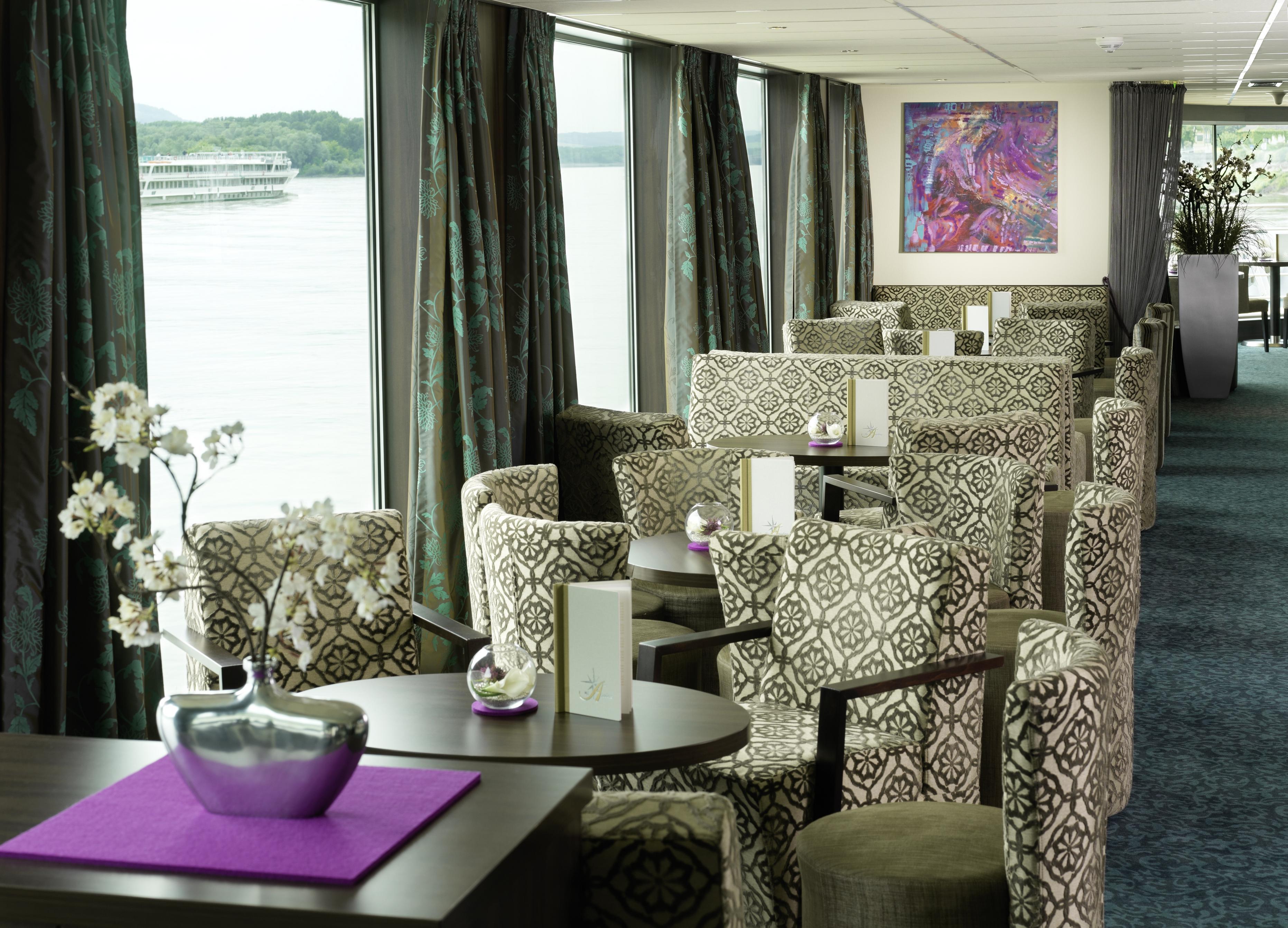Amadeus River Cruises Amadeus Elegant Interior Panorama Lounge Bar.jpg