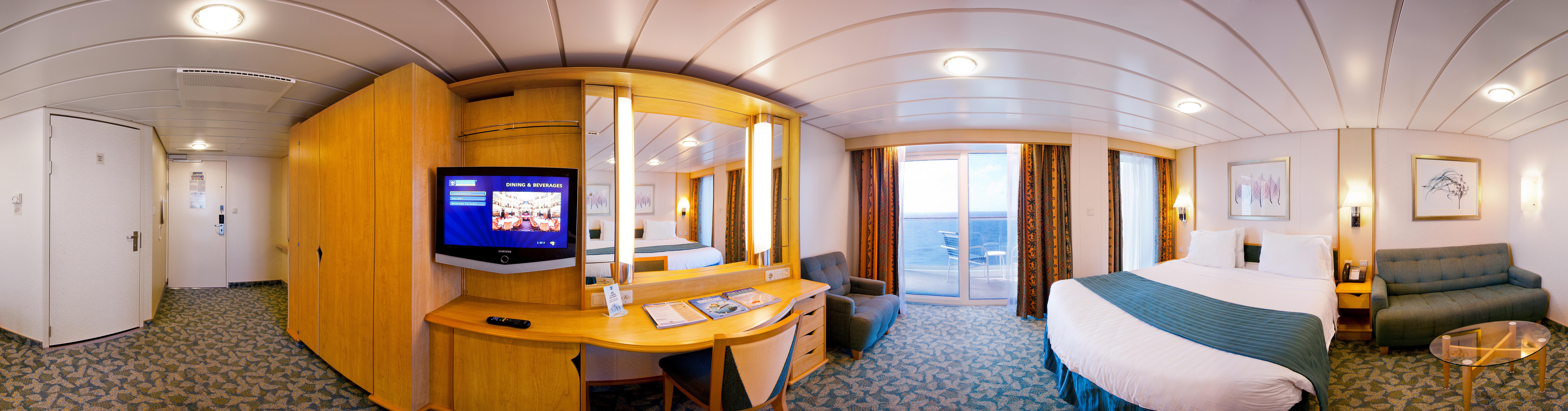 Royal Caribbean International Liberty of the seas Accommodation RCI_LB-AccBalcony_Pano_AX_.jpeg