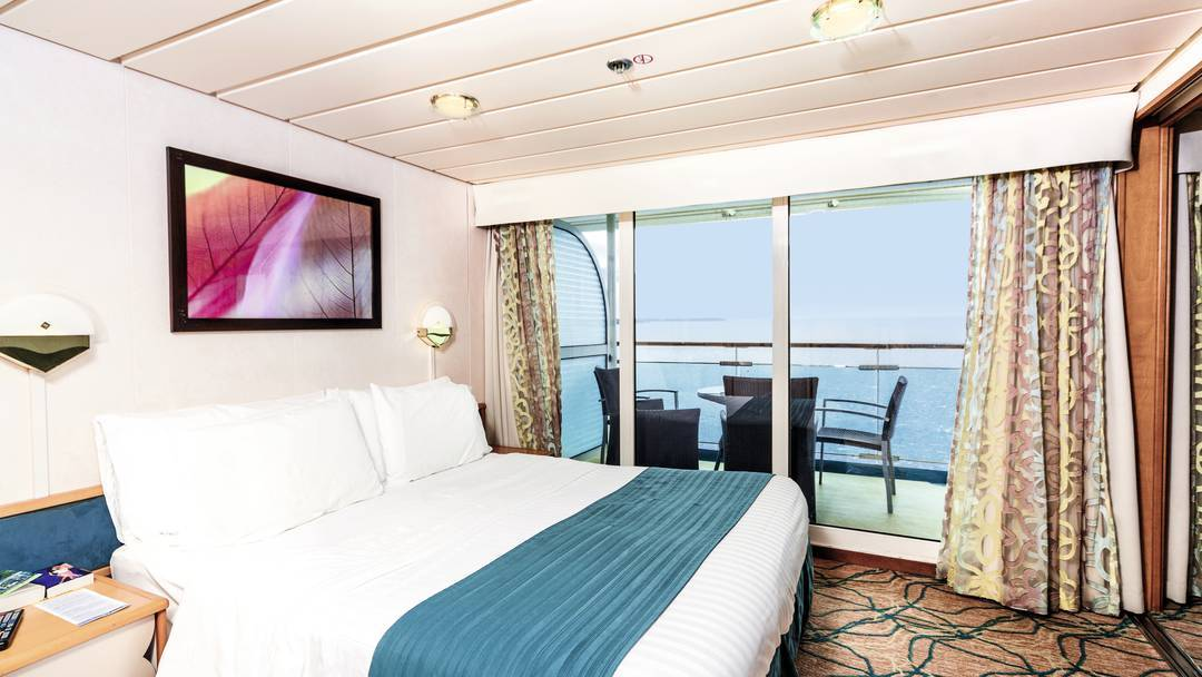 Marella Discovery 2 - Family Junior Suite Cabin with Balcony