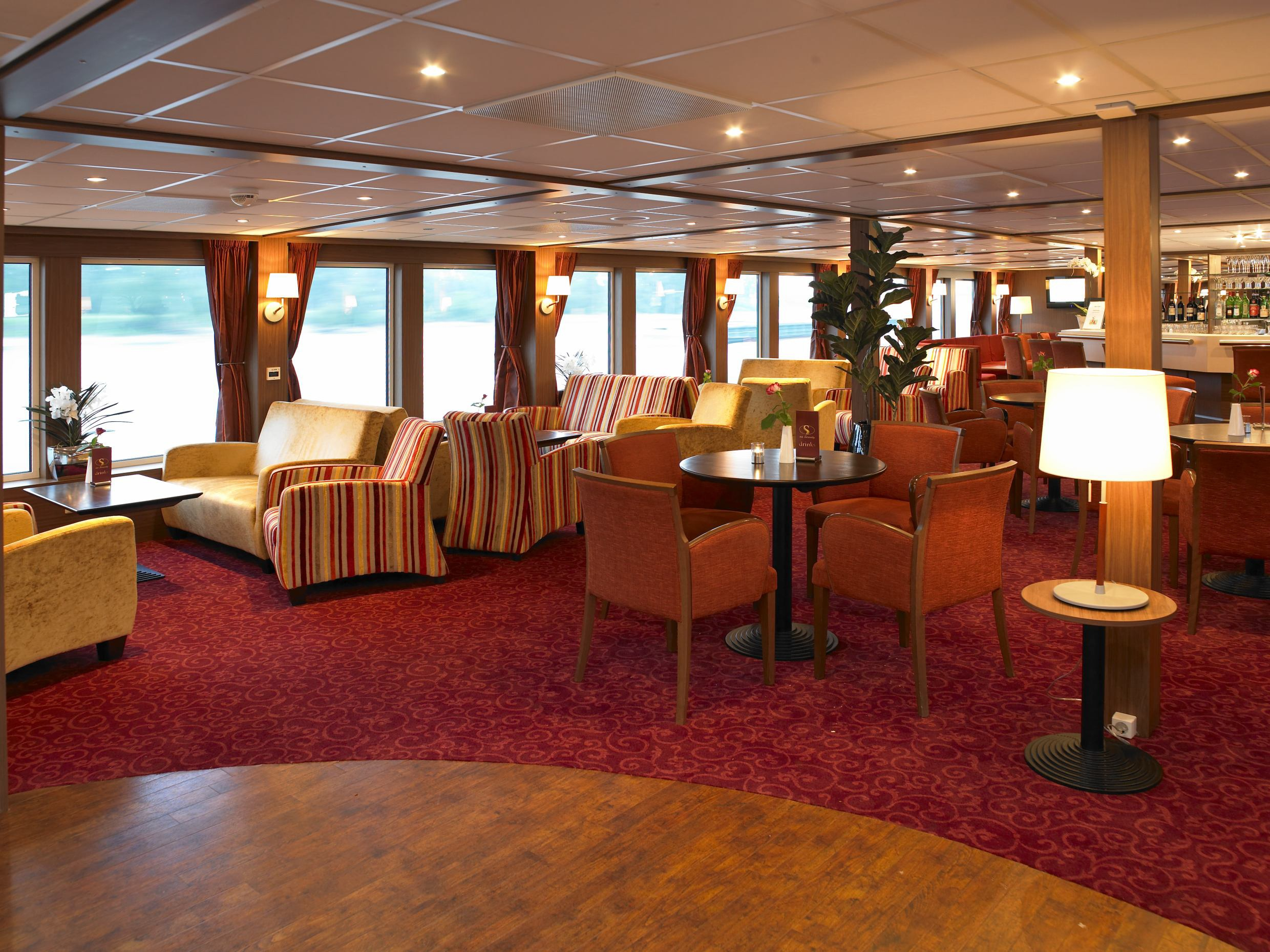 The River Cruise Line MS Serenity Interior Lounge 3.jpg