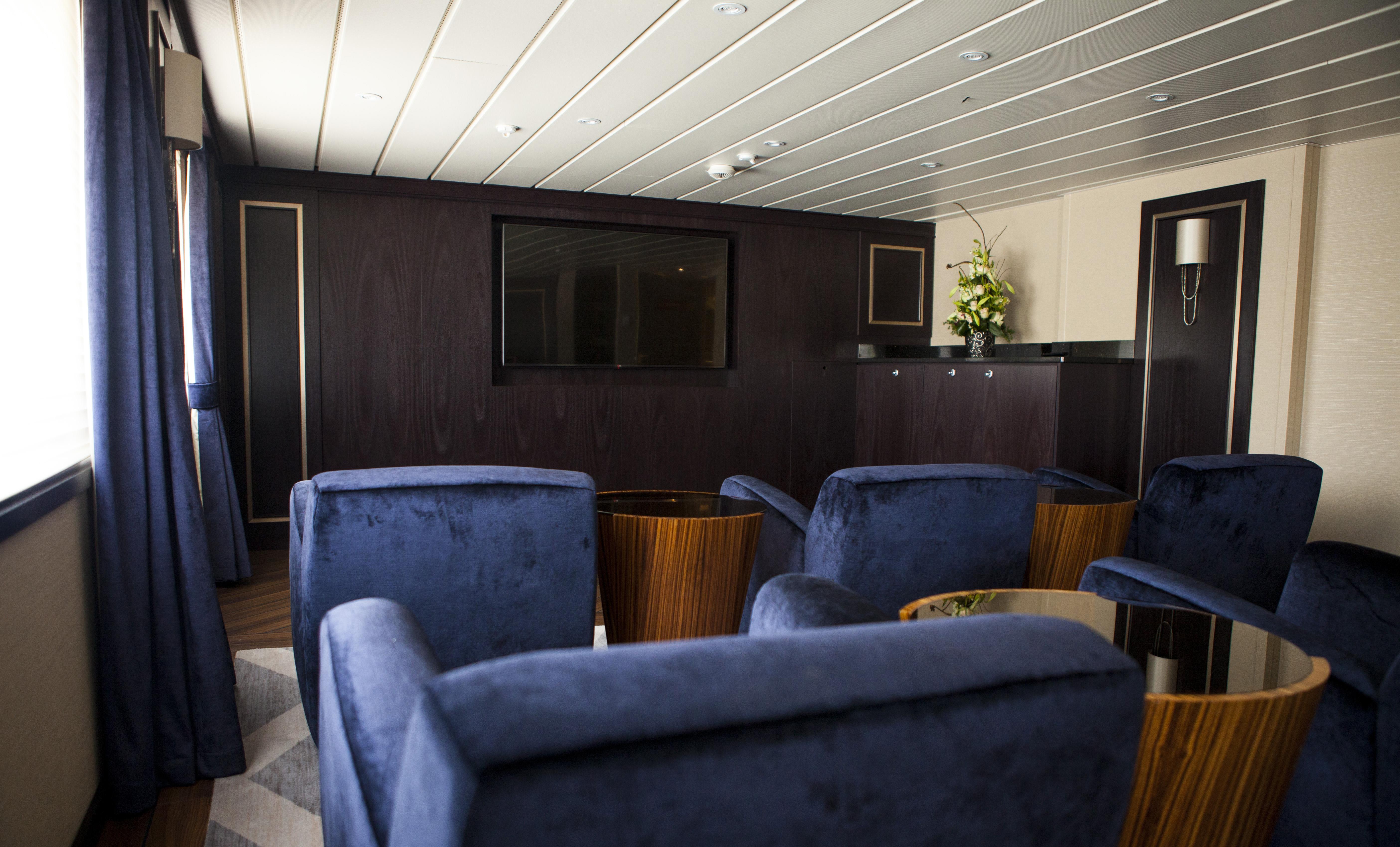 Windstar Star Breeze Interior Screening Room 2.jpg