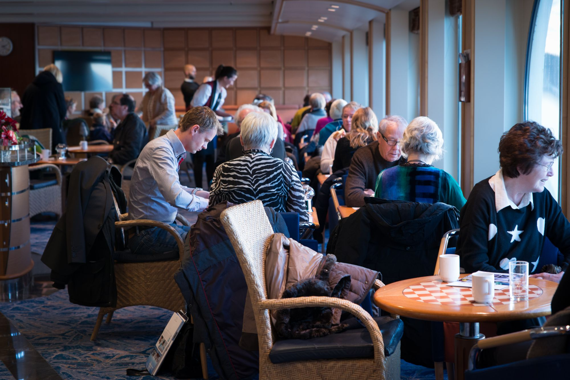 Hurtigruten Cruise Lines MS Trollfjord Interior Lounge 2.jpg