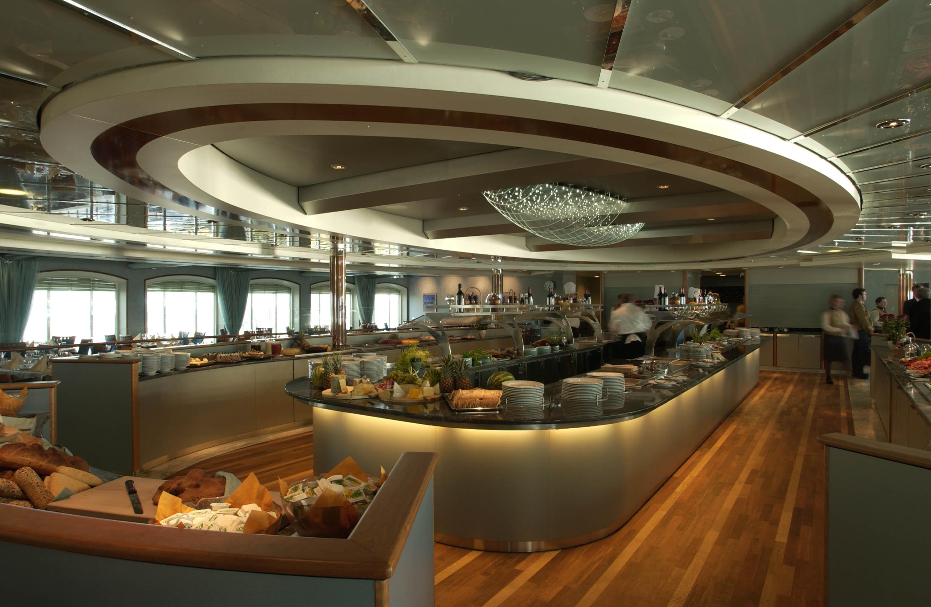 Hurtigruten Cruise Lines MS Trollfjord Saga Hall Buffet.jpg