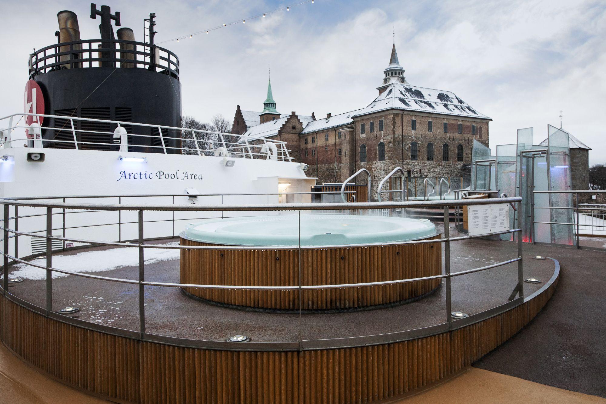 Hurtigruten Cruise Lines MS Trollfjord Exterior Hot Tub.jpg