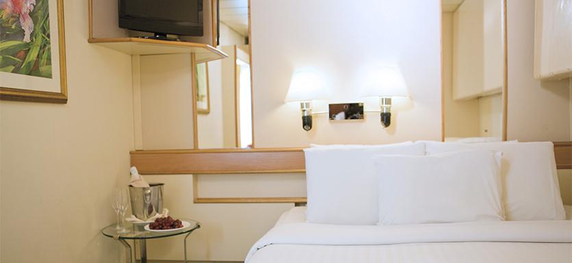 Pullmantur Sovereign Accommodation Inside Superior.jpg