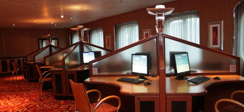 Pullmantur Sovereign Interior Internet Centre.jpg